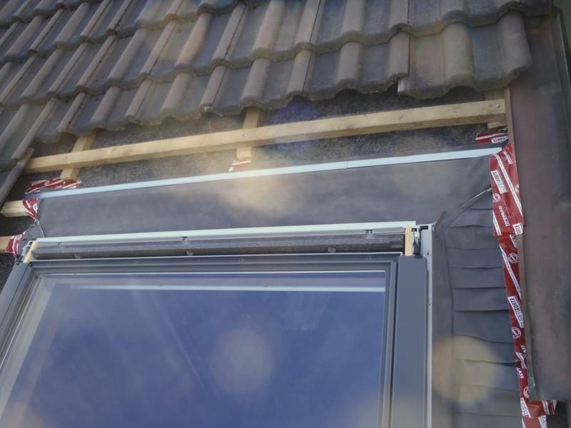 velux dachfenster rollo aussen good passend fr velux von victoria m with velux dachfenster. Black Bedroom Furniture Sets. Home Design Ideas